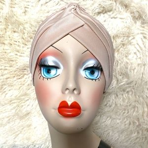 Stunning Nude vintage, retro pinup style turban